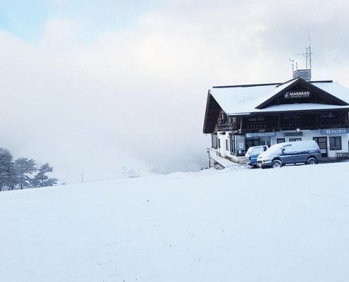 Yamadasan Ski Lodge - Madarao Accommodation - First Snow of the 2018 Season